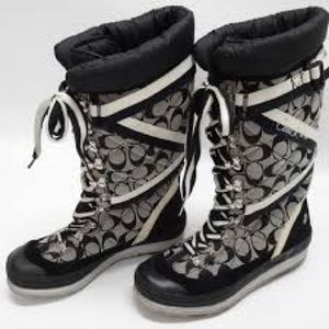 COACH BLACK AND WHITE SIGNATURE BOOTS